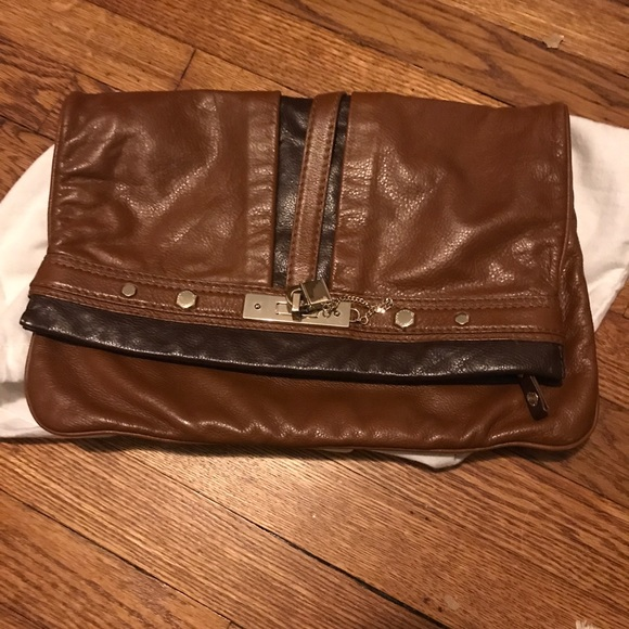 Marc Jacobs Handbags - Marc Jacobs brown locket clutch